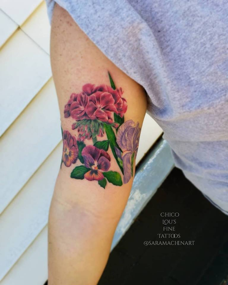 Flowers by Chico Lou's Fine tattoos shop in athens georgia GA. Artist - Sara Fogle