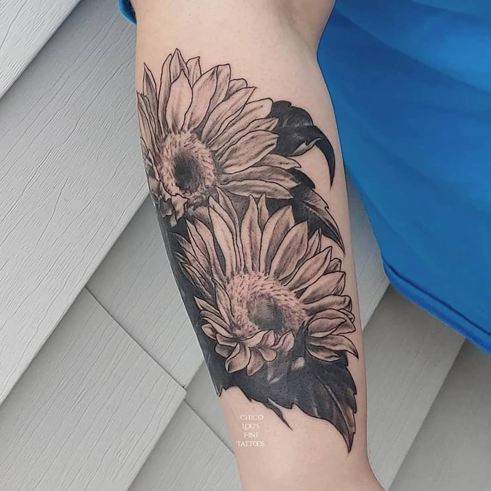 Sunflower cover-up by Chico Lou's Fine Tattoos shop in Athens Georgia GA. Artist - Veronica Hahn