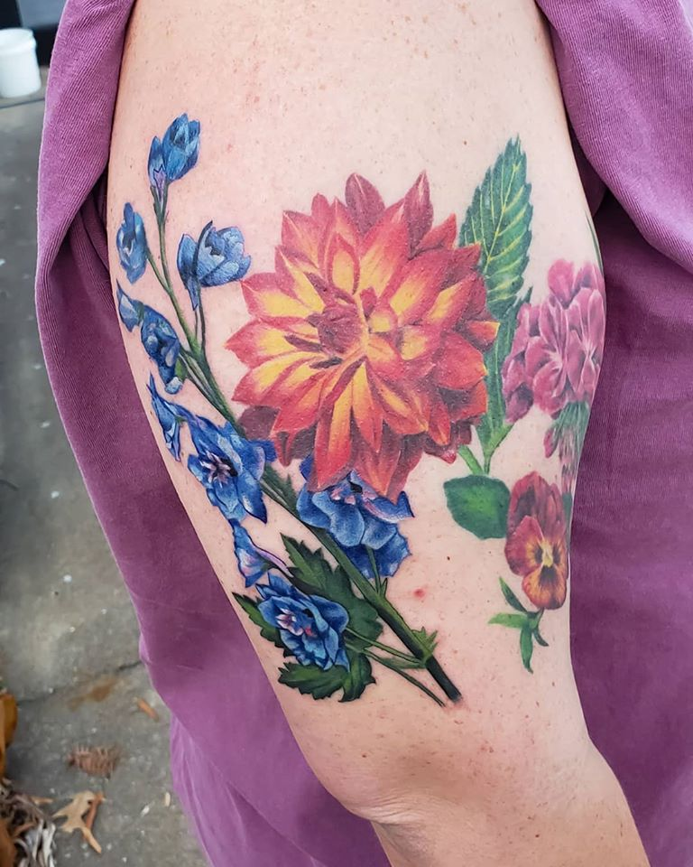 Flowers by Chico Lou's Fine tattoos studio in Athens Georgia GA. Artist - Sara Fogle