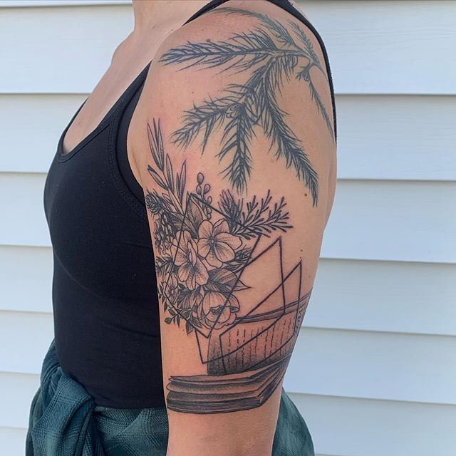 Blackwork by Chico Lou's Fine Tattoos studio in Athens Georgia GA. Artist - Veronica Hahn