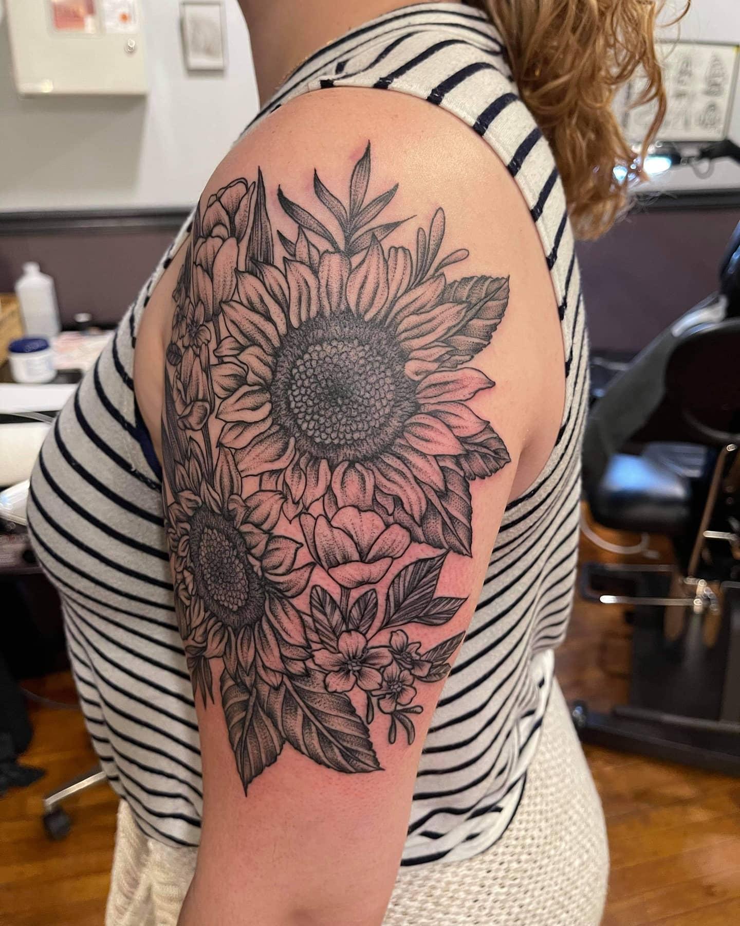 Blackwork floral by Chico Lou's Fine tattoos studio in Athens Georgia GA. Artist - Jess Clark