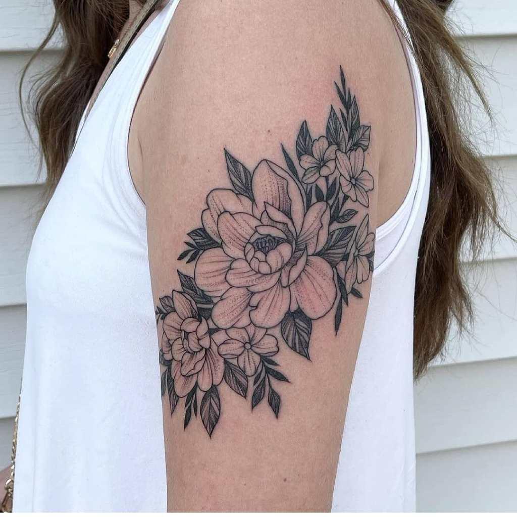 Flowers by Chico Lou's Fine tattoos studio in Athens Georgia GA. Artist - Veronica Hahn