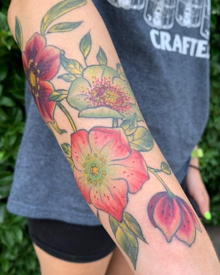 Flowers by Chico Lou's Fine tattoos studio in Athens Georgia GA. Artist - Darya Kalantari